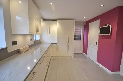 cream gloss kitchen 2