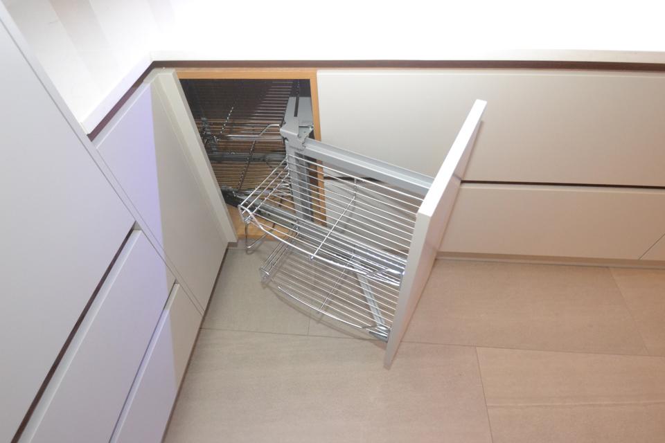 bifold cupboard